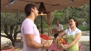 preview picture of video 'Agriturismo Campania - Country House Giravento. Video di Maria Teresa de Vito'