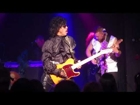 """The Prince Experience performs """"Let's Go Crazy"""" at Baltimore Soundstage"""