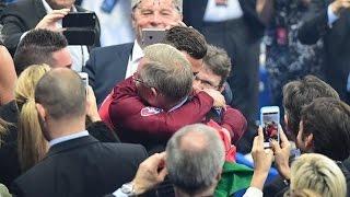Встреча Криштиану Роналду и сэра Алекса Фергюсона на Евро 2016 / Будто отец ждет сына