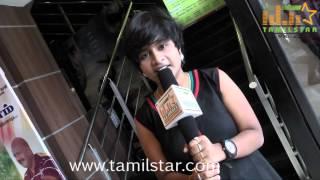 Singer Yazhini at Puthiyathor Ulagam Seivom Audio Launch