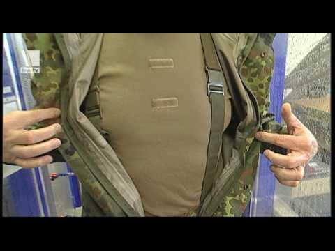 Kampfkleidung auf dem Prüfstand - Bundeswehr