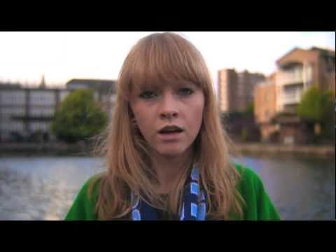 Lucy Rose - Middle Of The Bed (Official Video)