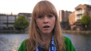 Lucy Rose   Middle Of The Bed (Official Video)
