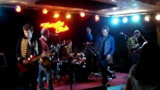Flamingo - Choo Choo (Arctic Monkeys Cover)