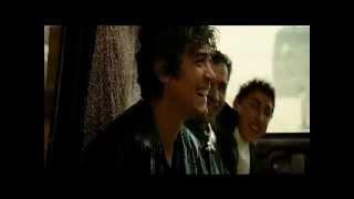 Στην αρχή του τρειλερακίου, καραβιά με υπερπόντιους ποδοφαιριστές (από Khan, 18/09/10)