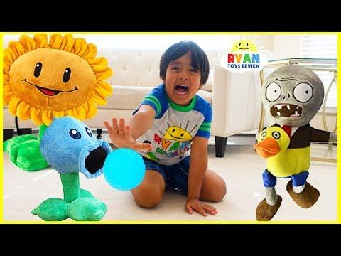 Plants vs Zombies Plush Garden Warfare Pretend Play with Ryan ToysReview!!!