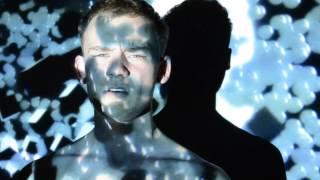 Video Balada o červených slzách
