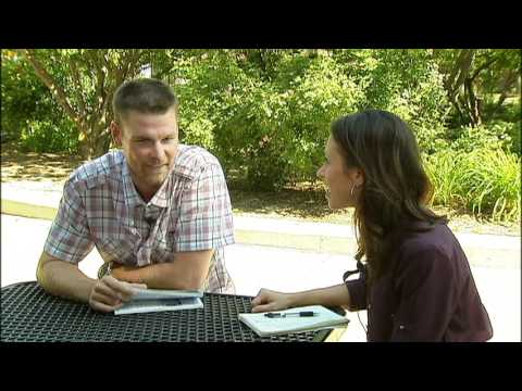 Former Cubs pitcher Kerry Wood talks with Fox Chicago's Dionne Miller 6-10-12