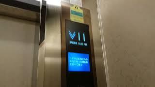 神戸三宮東急REIホテルのエレベーター(右側)