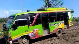 Masyarakat Amfoang sengsara dg kondisi jalan Pantura