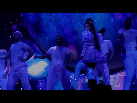 Ariana Grande - Sweetener + Successful (Sweetener World Tour, Vancouver)