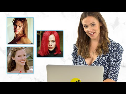 """Jennifer Garner Takes Our """"Which Classic Jennifer Garner Character Are You?"""" Quiz"""