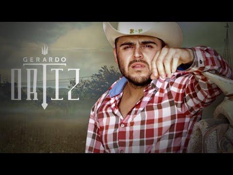 Gerardo Ortiz - El Pavido Navido & La Loba Del Mal (En Vivo!)