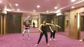 Tareefan Reprise   ft Lisa Mishra   Veere Di Wedding    Zumba WORKOUT ROUTINE Fitness Routine Bollyw
