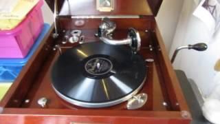 She Moved Through The Fair - Sydney MacEwan - Tenor - 78 rpm - HMV 109