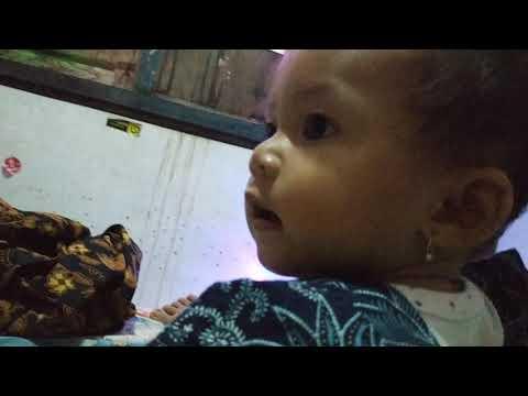 anak gadis ngobrol sama ayahnya (ayesha azkadina)