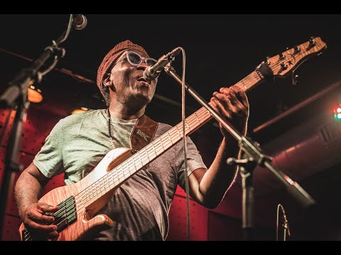 Video: Richard Bona with Alfredo Rodriguez & Pedrito Martinez