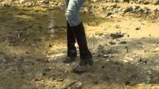 mud boots botas de barro  lera stövlar грязевые сапоги bottes de boue Schlamm Stiefel 泥のブーツ 泥靴