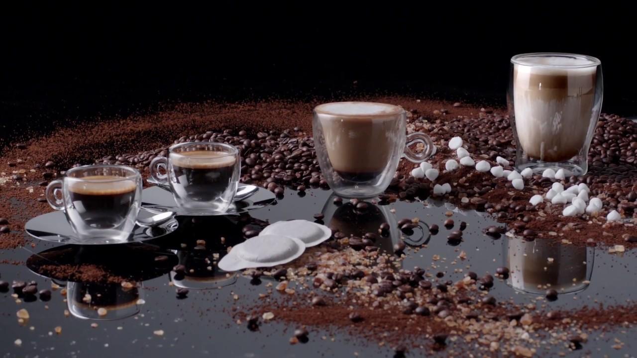 Video - SMEG Espressomachine Watergroen