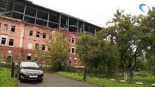 Собственнику бывшей бани на Великой придется платить штрафы до миллиона рублей