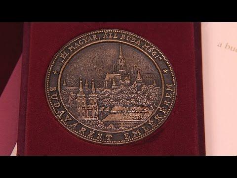 Budavárért Emlékérem átadás 2016 - video preview image