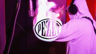 Kadr z teledysku #Hot16Challenge2 tekst piosenki Pezet