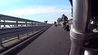 preview picture of video 'giro in moto'