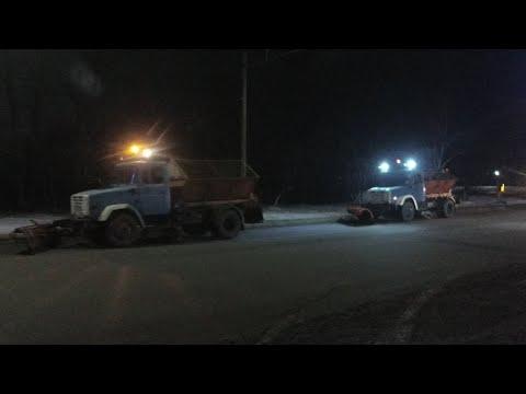 Ночная уборка снега