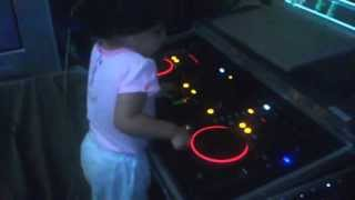 My baby dancing and mixing in Pioneer DDJ S1