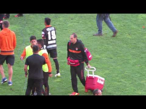 """""""Huracán Naranja tras descenso de Cobreloa en Chillán."""" Barra: Huracan Naranja • Club: Cobreloa"""