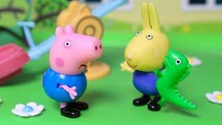 ❤ PEPPA PIG ❤ A George va a una fiesta de disfraces con su nuevo peluche de dinosaurio