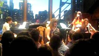 Chris Garneau - Fireflies, Bargemusic