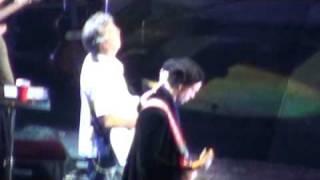 """Eric Clapton """"little wing"""" 09 tour Sydney HQ video !!"""