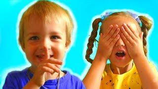 Niki and Leo Play Hide and Seek with Magic Cloak