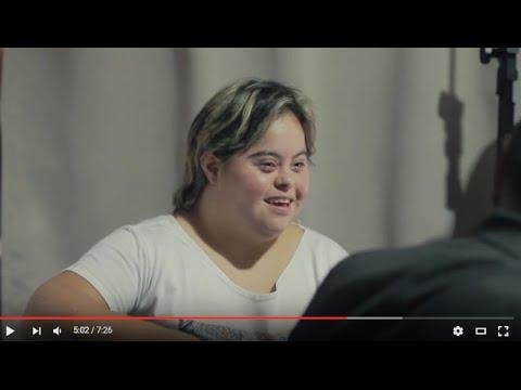Ver vídeoLa historia de Melina, joven trabajadora con síndrome de Down