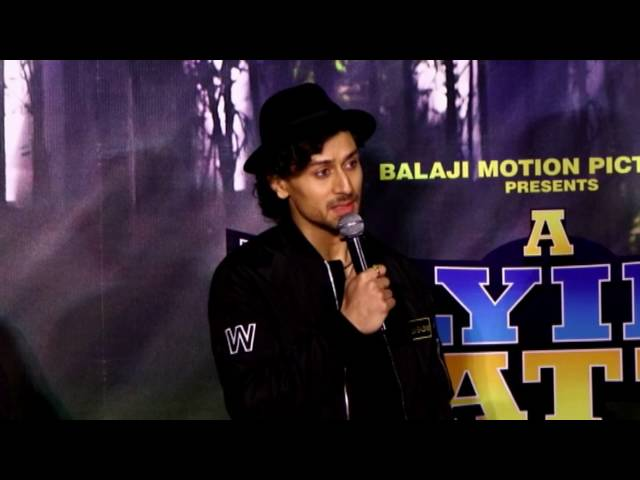 tiger shroff remo launch song beat pe botty from a flying jatt. Black Bedroom Furniture Sets. Home Design Ideas