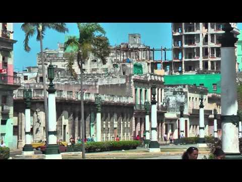 Beautiful buildings in Havana (Cuba) in decline