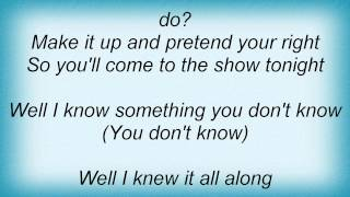 Donnas - Everyone Is Wrong Lyrics