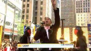 Chris Brown performs Forever on The Today Show's Concert Series 2011 (HQ video)