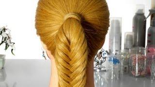 """Смотреть онлайн Плетем косу """"рыбий хвостик"""""""