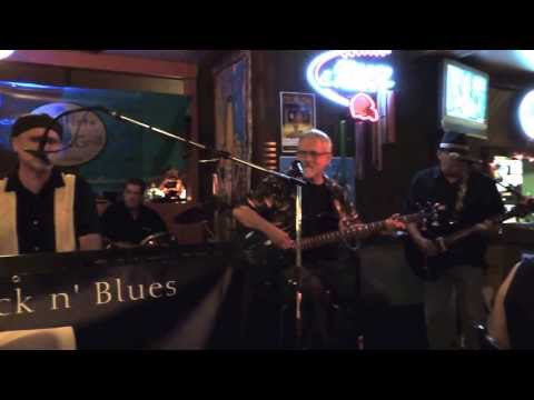 Knock on Wood Medley - Jimi and The Coolers at Mudflats Bar and Grill