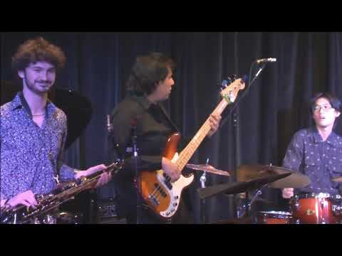 In This Video I'm performing with my friend Patrick Yi Fan Senior Recital. Going from Jazz to Fusion.