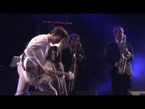 Caro Emerald - The Lipstick on his Collar, Nijmegen, the Netherlands, HD!