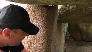 Zaklęci w Kamieniu-ZALWIT