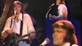 """Glen Campbell Sings """"Sunflower"""" (Neil Diamond)"""