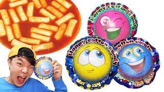 Balloon Cotton Candy TTeokbokki MUKKABI Mukbang  풍선 솜사탕 먹깨비 떡볶이 먹방