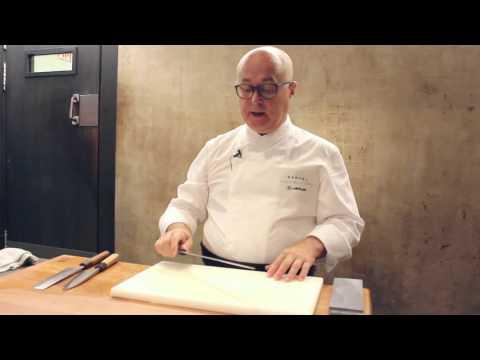 Cuchillos japoneses para sashimi, verdura y cuartos del pescado por Ricardo Sanz