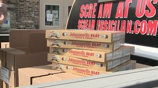 Screamin' Sicilian brat pizzas donated to Riverwest Food Pantry