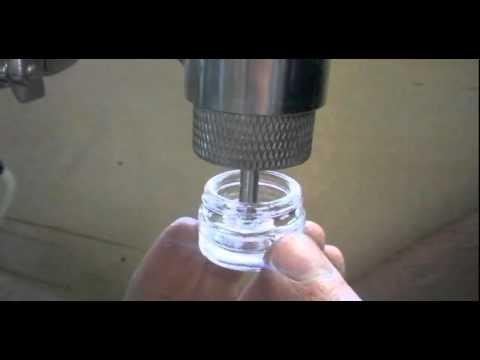 I dosatori volumetrici TELM sono largamente usati per il dosaggio di prodotti per le unghie