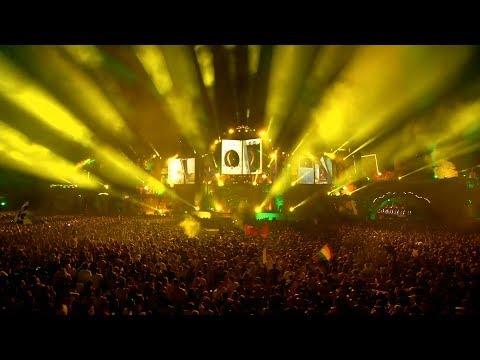 Tiësto & Moska - Acordeão (Live at Tomorrowland)
